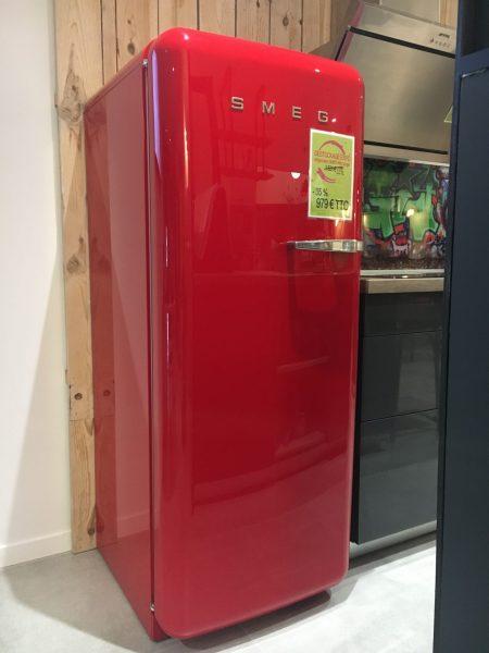 Refrigerateur Smeg Rouge Annees 50 Les Cuisines De Maud